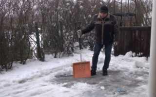 Как сделать лопату для снега на колесах