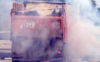 Почему камаз дымит синим дымом